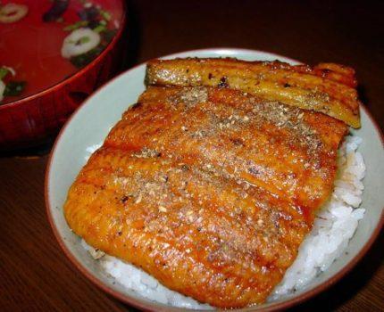 【月曜日①円スタート】魚市場の社員食堂業務用うなぎ蒲焼『3人前』
