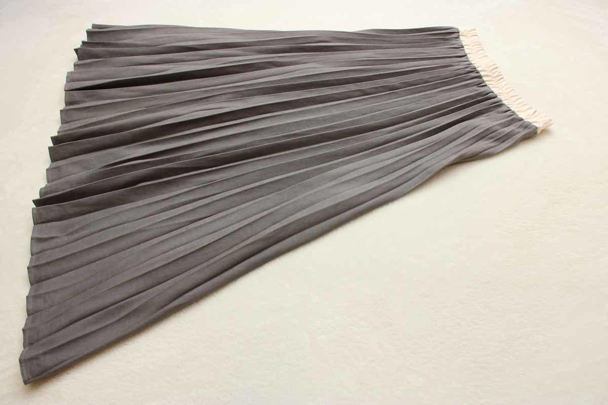 4-83 春物新品 ウエストゴムアコーディオンプリーツスカート チャコールグレーFサイズ