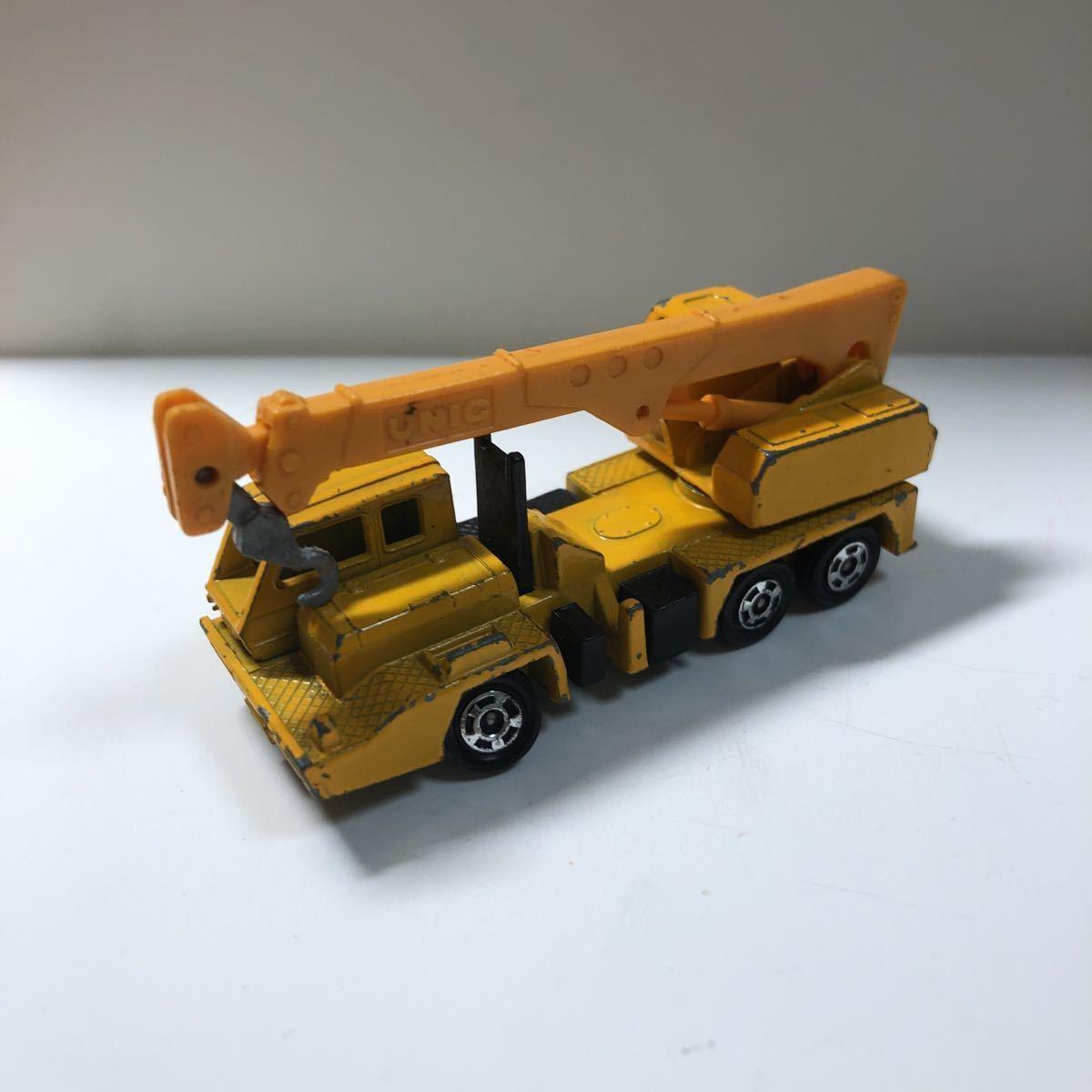 トミカ 日産 ディーゼル ユニックトラッククレーン 日本製 黒箱 72